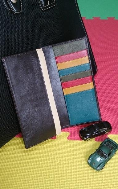 ご家族の好きな色を組み合わせてカスタムオーダーしたメンズ長財布