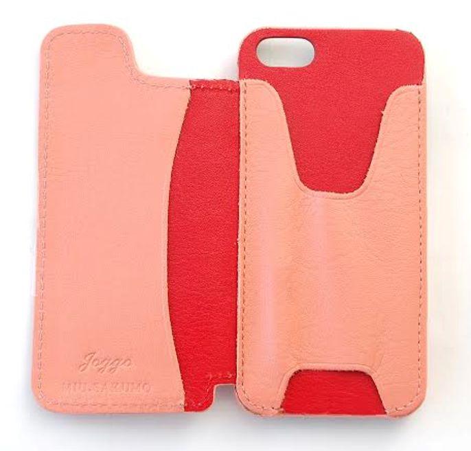 ピンクのiPhoneケース