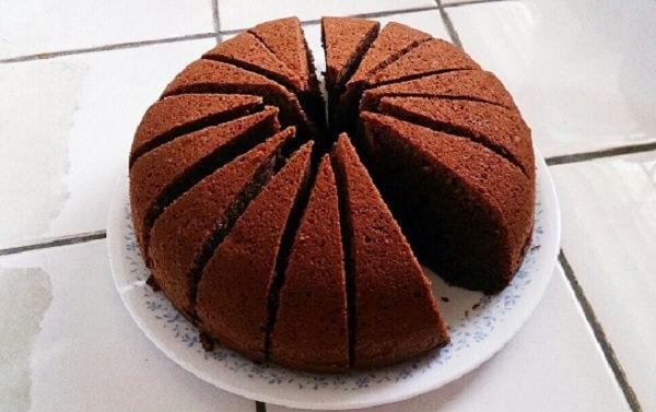 炊飯器で作るチョコケーキ
