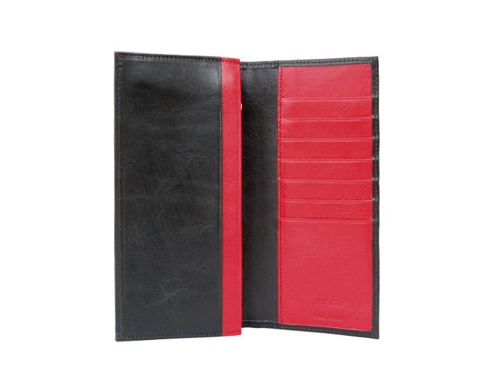 レッドとブラックの長財布