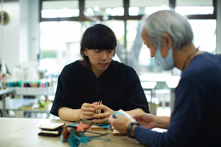 久米川工場でジョルノと対談