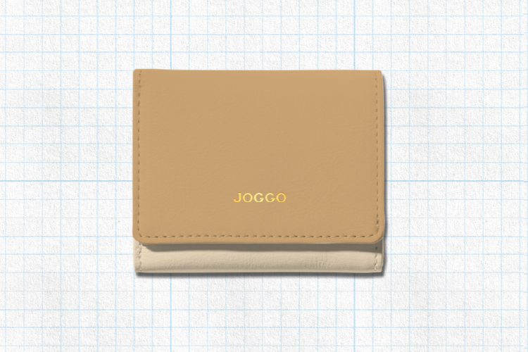 閉じた状態の3つ折りミニ財布