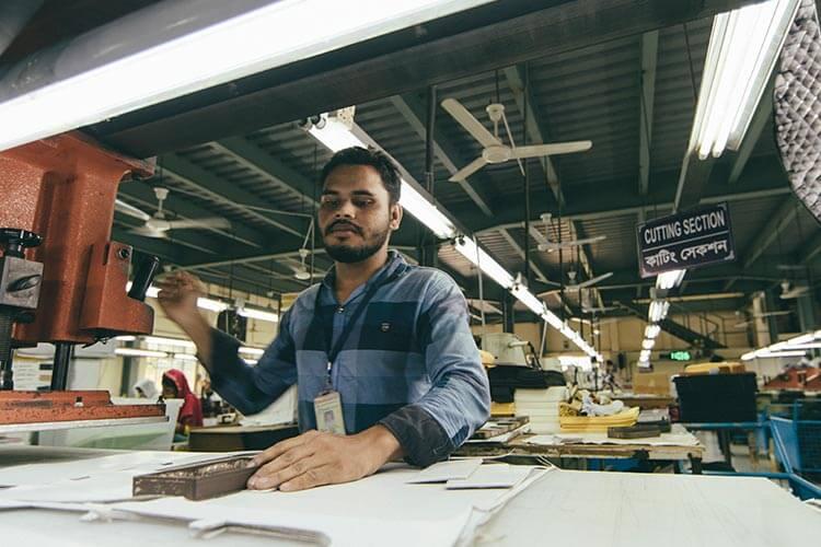 バングラデシュの直営工場