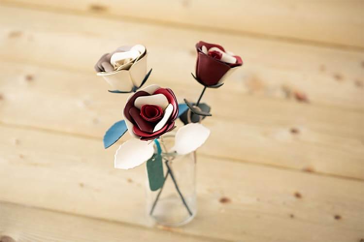 JOGGO 革の一輪花(バラ)