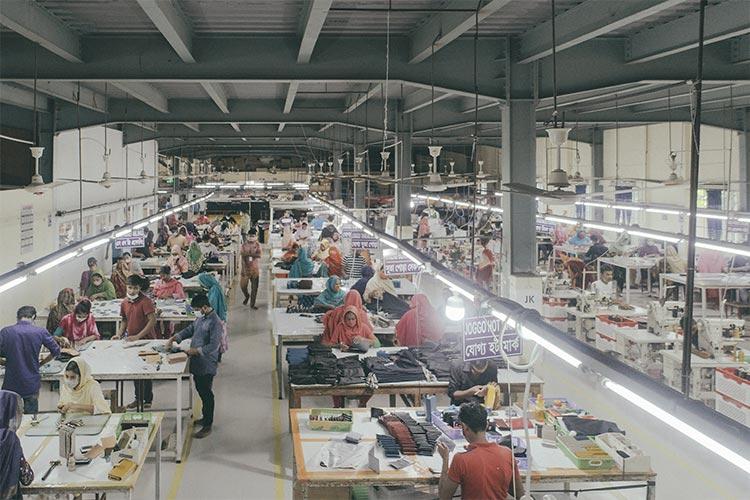 JOGGOのバングラデシュ工場の様子