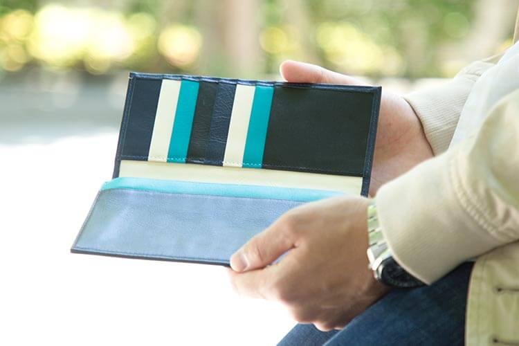 スリム長財布のおすすめのカラー